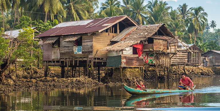 Cloud-based technology provides banks with tools to reach residents in remote areas.  Photo credit: ADB.