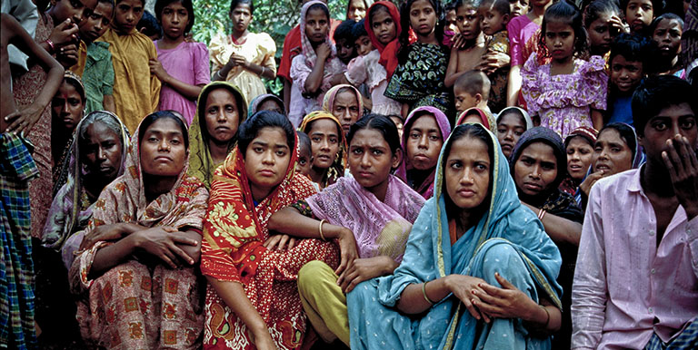 Women in a number of pourashavas in Bangladesh participate in the improvement efforts in their communities.  Photo credit: ADB.