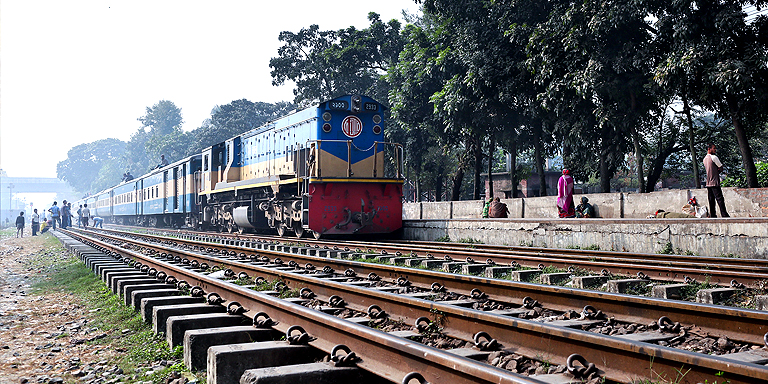 Sensor systems will help avoid railroad accidents, particularly elephant-train collisions. Photo credit: ADB.