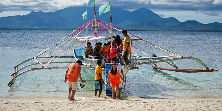 Given the enormous economic significance of coastal tourism, new approaches are imperative for urban policy implementation and infrastructure planning. Photo credit: ADB.