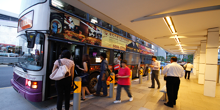 Seamless linkages between various types of transportation will improve passenger experience. Photo credit: ADB.