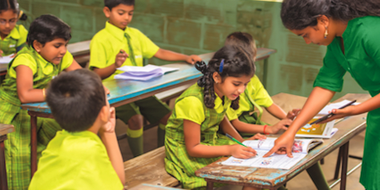 Unlike in Bridge schools, class sizes in India can be anywhere between just a handful to more than 100. Photo credit: Bridge International Academies.
