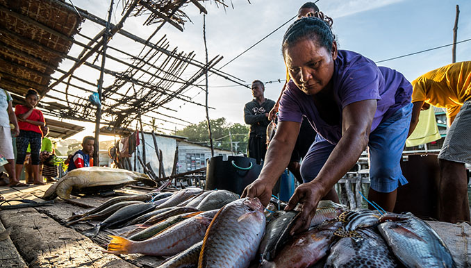 An initiative is helping the women in the Pacific to develop sustainable, formal businesses. Photo credit: ADB.