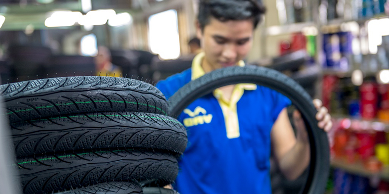The study identifies the automotive industry as one of the potential businesses that either Indian or Thai small and medium-sized enterprises can explore. Photo: ADB.