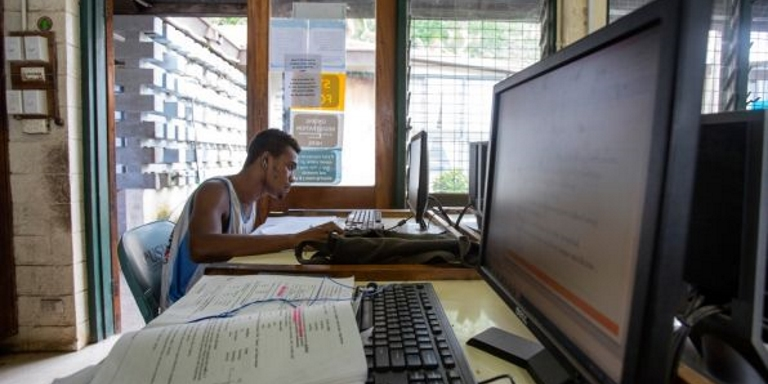 In the Pacific, digital commerce faces unique challenges. Photo credit: ADB.