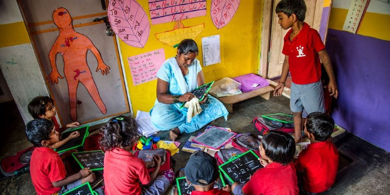 One of the inclusive businesses covered by the study is Hippocampus Learning Centres, a low-cost pre-school education provider in rural areas in India. It employs only local women and trains them to become teachers and later as school managers. Photo credit: ADB.