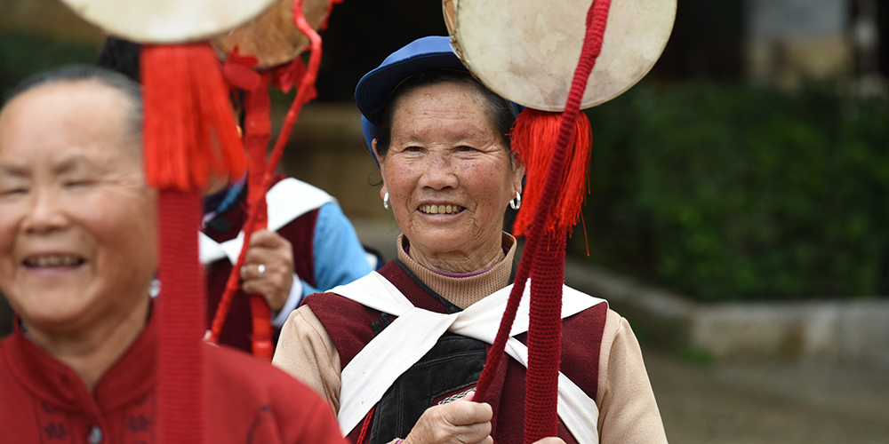 Research indicates that the PRC's rural pension scheme increases financial independence and geographic flexibility in intergenerational families. Photo credit: ADB.