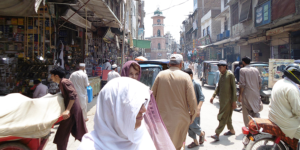 Intermediate cities in Pakistan are developing quickly but in an uncoordinated, unplanned, and unregulated manner. Photo credit: Cities Development Initiative for Asia.