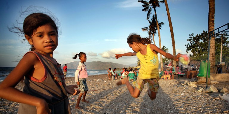 Children playing on Dili beach, Timor-Leste. Photo credit: ADB.