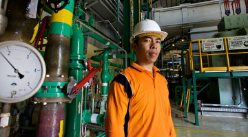 A scaled-up financing program implemented across major industries in Indonesia could generate energy savings equivalent to a 2,500-megawatt power plant. Photo: ADB.