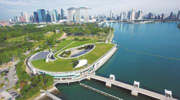 The Marina Reservoir is fed by five rivers running through the heart of Singapore and can meet about 10% of the city's water needs. Photo credit: PUB, Singapore's National Water Agency.