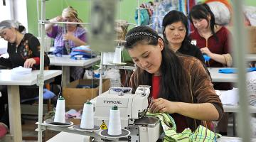 In Asia, many women in the garments industry lost their jobs when businesses halted operations due to the COVID-19 pandemic. Photo credit: ADB.