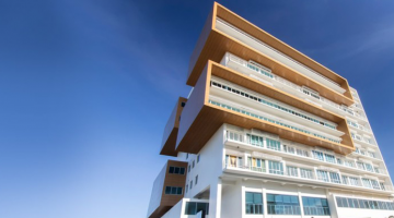 Sustainable buildings efficiently react to environment and local climate. Photo credit: Primavera.
