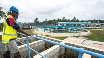 Existing wastewater treatment plants can co-treat fecal sludge with sewage if they can handle the additional load from septage and have facilities to separate liquids and solids. Photo credit: ADB.