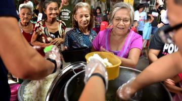 There is slow progress in social assistance in Asia, but there are noteworthy improvements in old-age protection through noncontributory social pensions and welfare assistance. Photo credit: ADB.