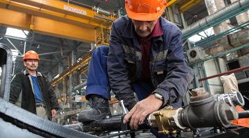Technological innovations may assist older workers and harness their skills. Photo credit: Asian Development Bank.