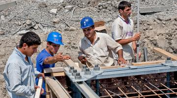 PPP contracts must include provisions that encourage and facilitate proactive management. Photo credit: ADB.