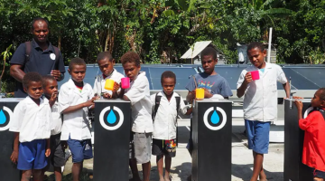 An ADB-supported pilot project brings Vanuatu a technology that can convert air into safe drinking water.  Photo credit: ADB.